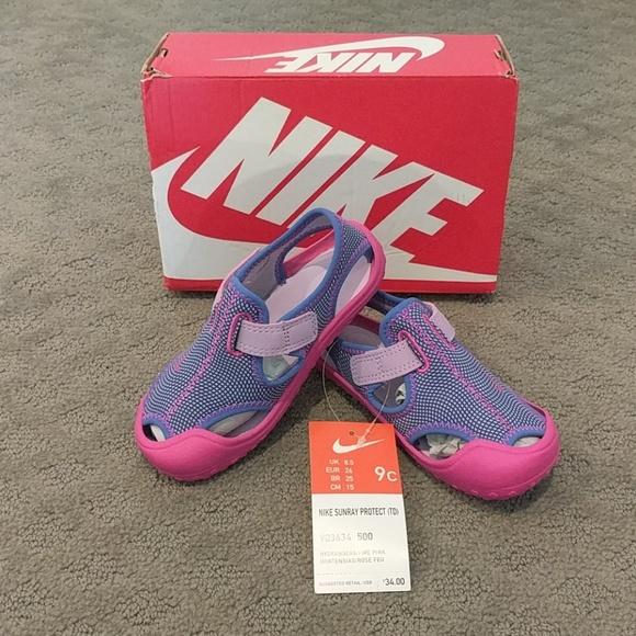 1b11b40b5 BNIB w tag Nike Sunray Protect Sandals Size 9 kids